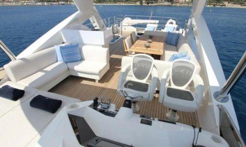 Yate de Lujo Sunseeker Manhattan